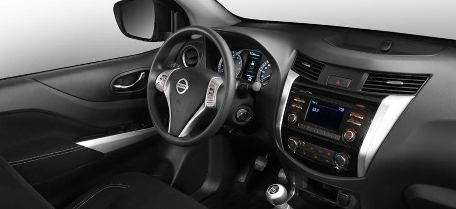 car_fast_nazareth_black_nissan_np300_frontier_2016_f202