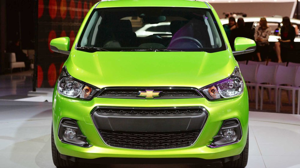 Nazareth_Black_Chevrolet_Spark_2016_Car-Fast-11