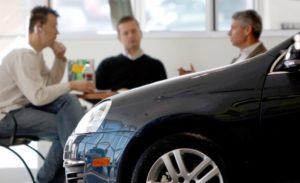 nazareth_black_car-fast_comprar-un-auto-nuevo_back